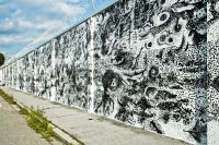 Viktor Kröll – Opus Magnum 13. Wandmalerei an der Mauer der JA Karlau (c) Lupispuma.com